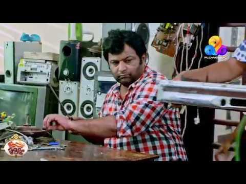 ഇപ്പോ ശരിയാക്കിത്തരാം... കേശുവേ ആ ചെറിയ സ്പാനർ എടുത്തേ... | Uppum Mulakum | Viral Cuts