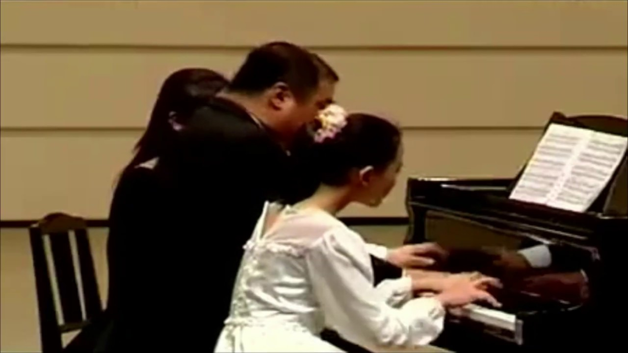Yuja Wang - applauses and encore Gluck Melody after Bartok