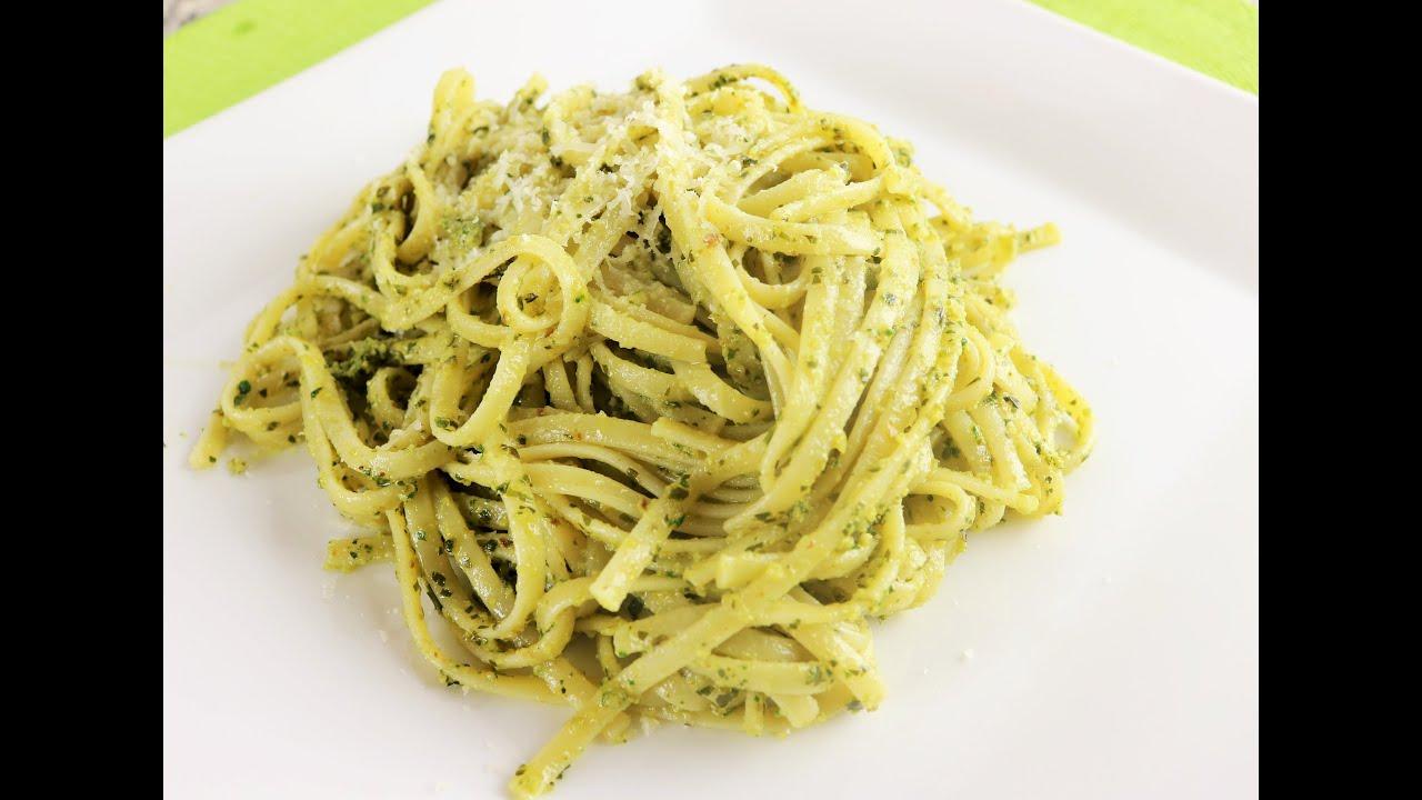 Receta italiana pasta pesto comida facil de cocinar for Comidas faciles de cocinar