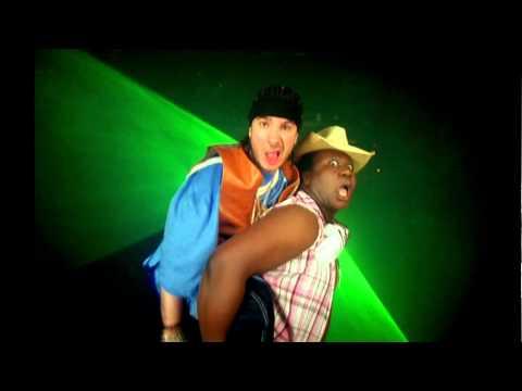 "Fatal Bazooka ""J'aime trop ton Boule"" HD"