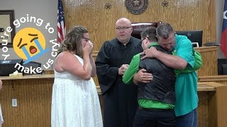 Couple Surprised At Wedding By Recipient Of Late Son's Heart