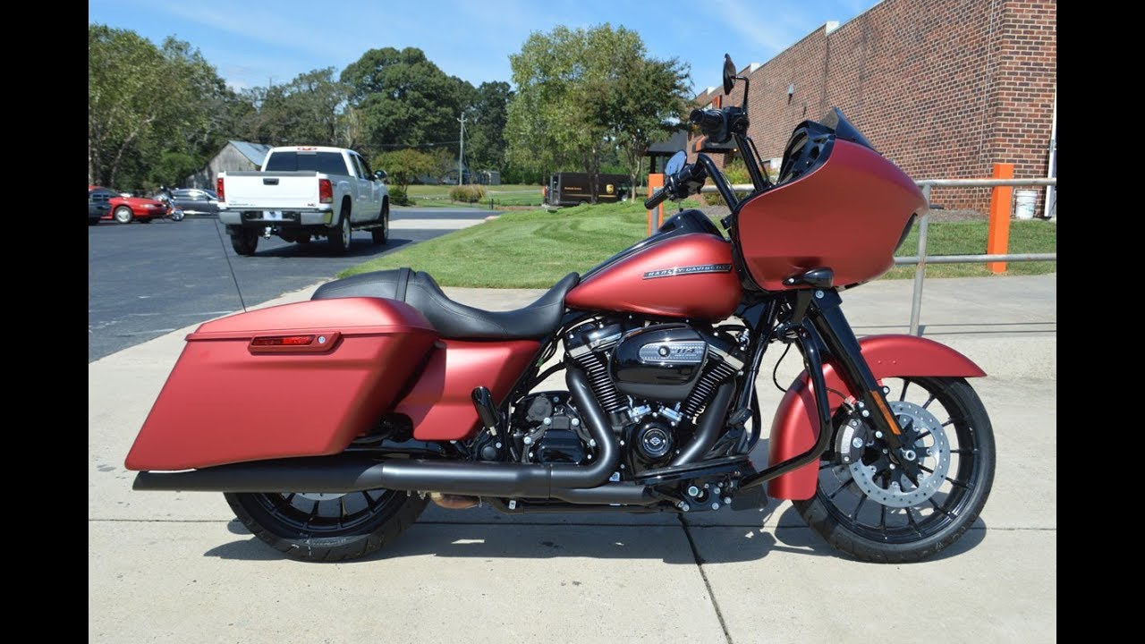 2019 Harley-Davidson Road Glide Special Renegade KST Bars Dominion Grips RC  Components Exhaust