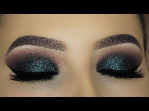 Intense Green Smokey Eyes Makeup Tutorial!