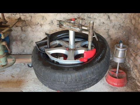 d monte pneu manuel manual tire changer vid o 1 funnydog tv. Black Bedroom Furniture Sets. Home Design Ideas