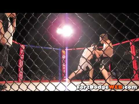 (Fight #14) 2010 MMA Event at Mineral City Speedway in Fort Dodge