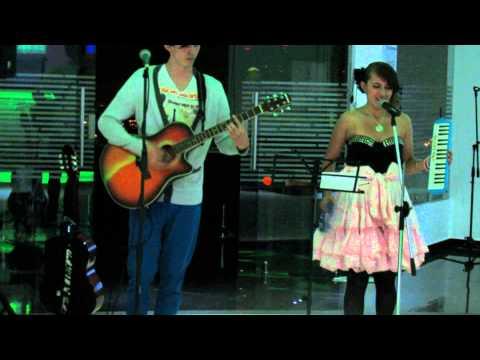 Altavista Restaurante Bar - Música en Vivo