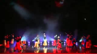 Маленькая девочка классно танцует Болеро