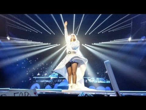 Lady Gaga - artRave - The ARTPOP Tour 2.0 (Live from London)