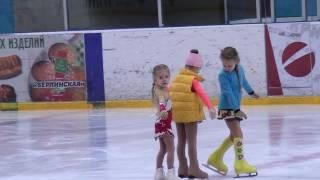 Арина Парсегова, 4 года. Первые шаги!