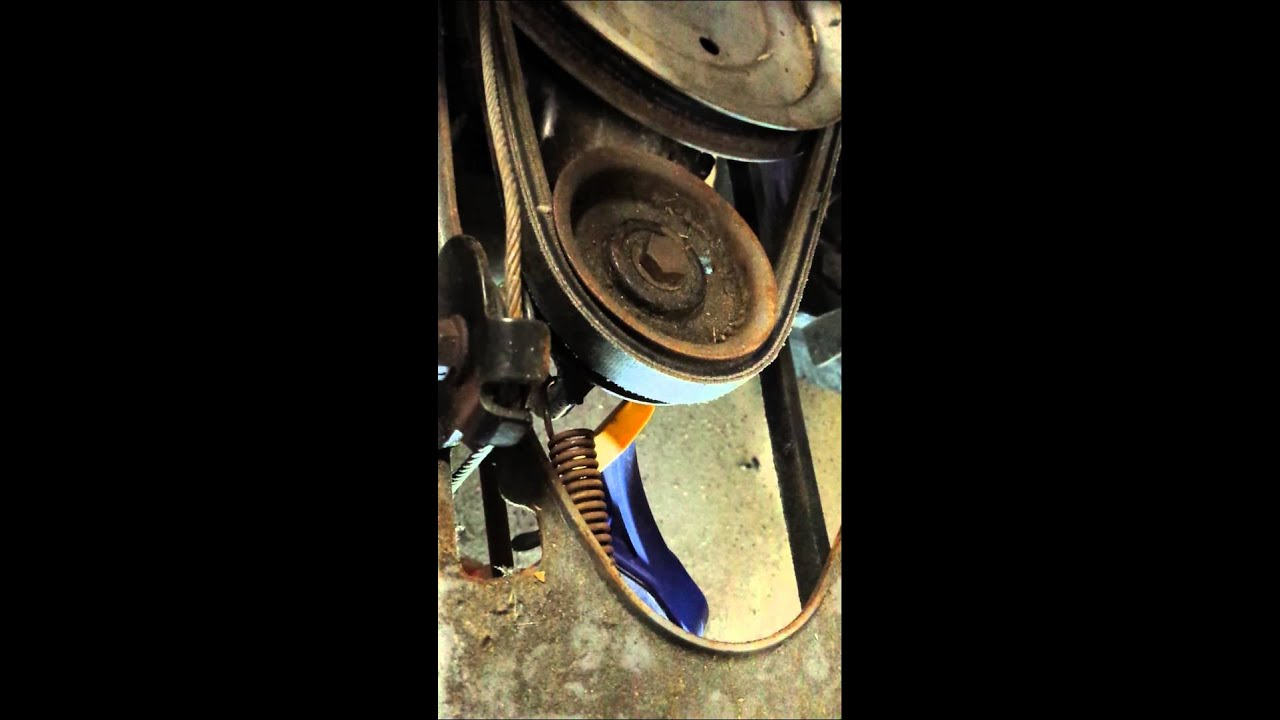 maxresdefault troy bilt mtd drive belt change youtube  at mifinder.co
