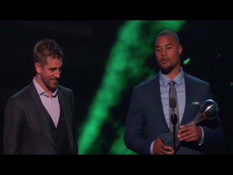 ESPYS 2016 - Aaron Rodgers Hail Mary Wins Best Play!