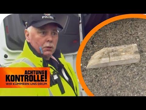 Polizei entsetzt: 1kg Holzkeil ungesichert am LKW auf der Autobahn   Achtung Kontrolle   kabel eins