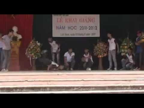 Hiphop Lễ Khai Giảng Năm Học 2011-2012 THPT Lục Nam- Bắc Giang!