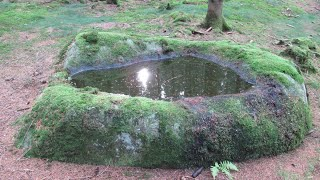 """Mystische """"Opferschale"""" auf Pestfriedhof, die nur 1914 und 1939 kein Wasser enthielt!!"""