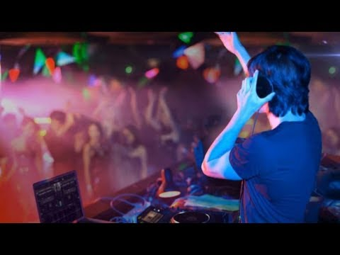 8c6670ac240 Headphone DJ Monitoring Style Philips SHL3300 with 2 Years Warranty ...