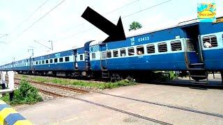 लाखों में कोई एक ही जानता होगा ट्रैन पे लिखे इन Numbers का मतलब। Top Mysterious Of Railway Track