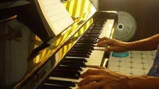 CHIA SẼ ĐỆM HÁT PIANO -SLOWROCK - ĐƯỜNG XA ƯỚT MƯA