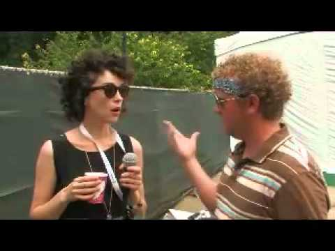 PopMatters Interview with St. Vincent @ Pitchfork 2010