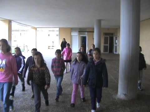 ENGLISH HIDE AND SEEK. TRADITIONAL GAMES.COMENIUS PROJECT.