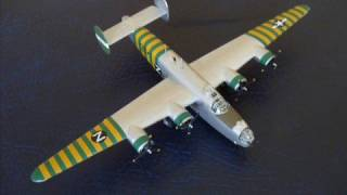 Minicraft (Not Minecraft) 1/144 B-24 J Liberator - A building review (Re-post)
