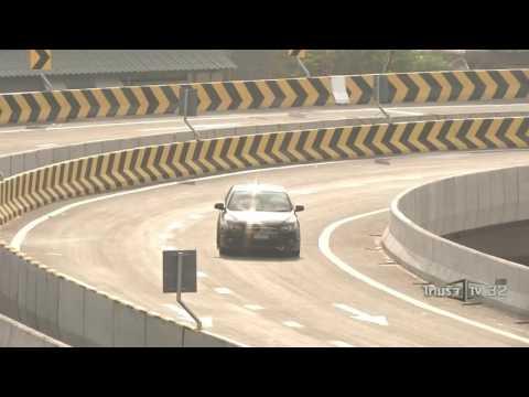 ย้อนหลัง ขีดเส้นใต้เมืองไทย : พระราชดำริสร้างถนนเพื่อคนเมือง | 10-11-59 | น้อมถวายบังคม | ThairathTV