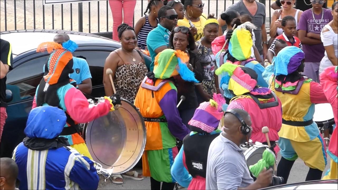 Intocht Sinterklaas 2016 Op Curacao Youtube