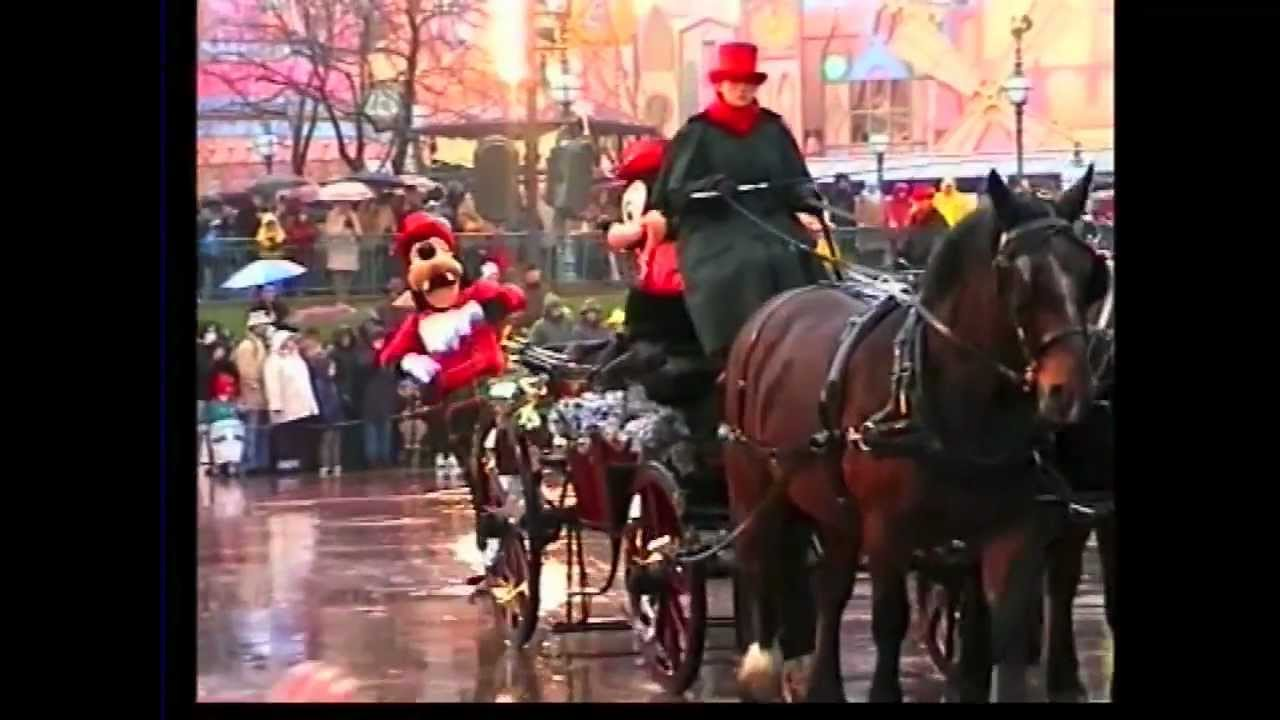christmas parade disneyland resort paris 2002
