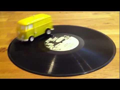 VW Bus Soundwagon record player