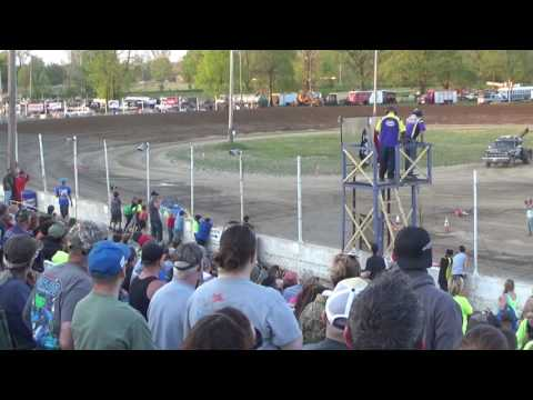 Mini Wedge Feature Race at Crystal Motor Speedway on 05-21-16