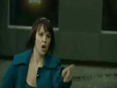 Hollyoaks-Nancy goes crazy