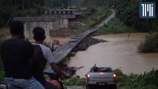 Jambatan di atas Sungai Nenggiri