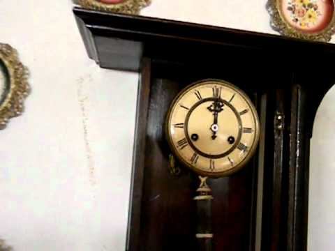 Reloj pared de pendulo antiguo 97 youtube for Reloj de pared antiguo
