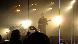"Queens of the Stone Age - ""How to Handle a Rope"" Live @ The Wiltern (4/12/2011)"