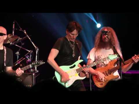 G3 concert Satriani-Vai- Guthrie Govan  Aristocrats)  2016