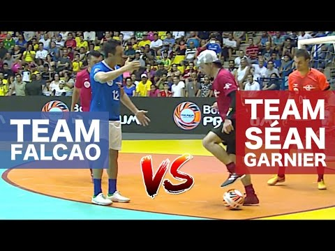 TEAM FALCAO VS TEAM SEAN - Reis Do Drible 2017 / @seanfreest