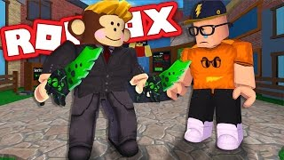 I SCAMMED MY FRIEND FOR 2 GODLY KNIVES!! | ROBLOX Murder Mystery 2