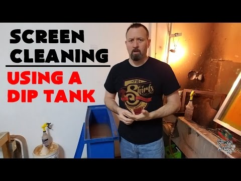 How to Clean Screens with a Dip Tank