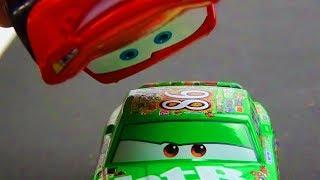 Disney Cars Lightning McQueen VS Chick Hicks Race!! Stop Motion Animation.