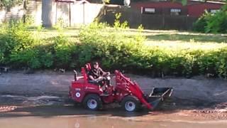 Teich reinigen mit Weidemann