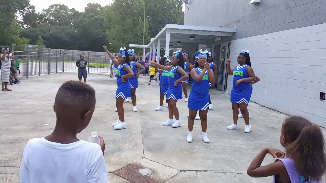 Advantage Charter Academy Back 2 School Bash Cheerleaders Youtube