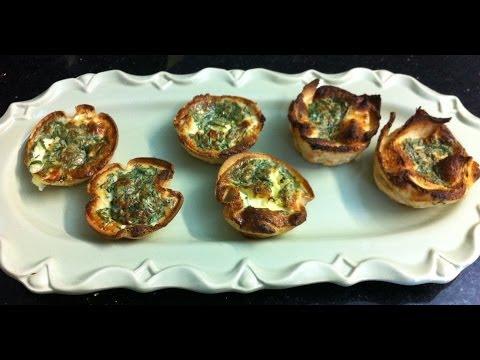 EGGS IN A BREAD BAKSET -simpley cooking