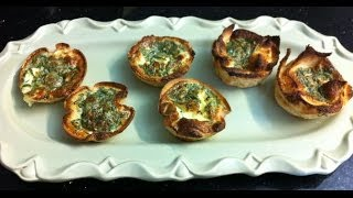 EGGS IN A BREAD BAKSET -simpley cooking