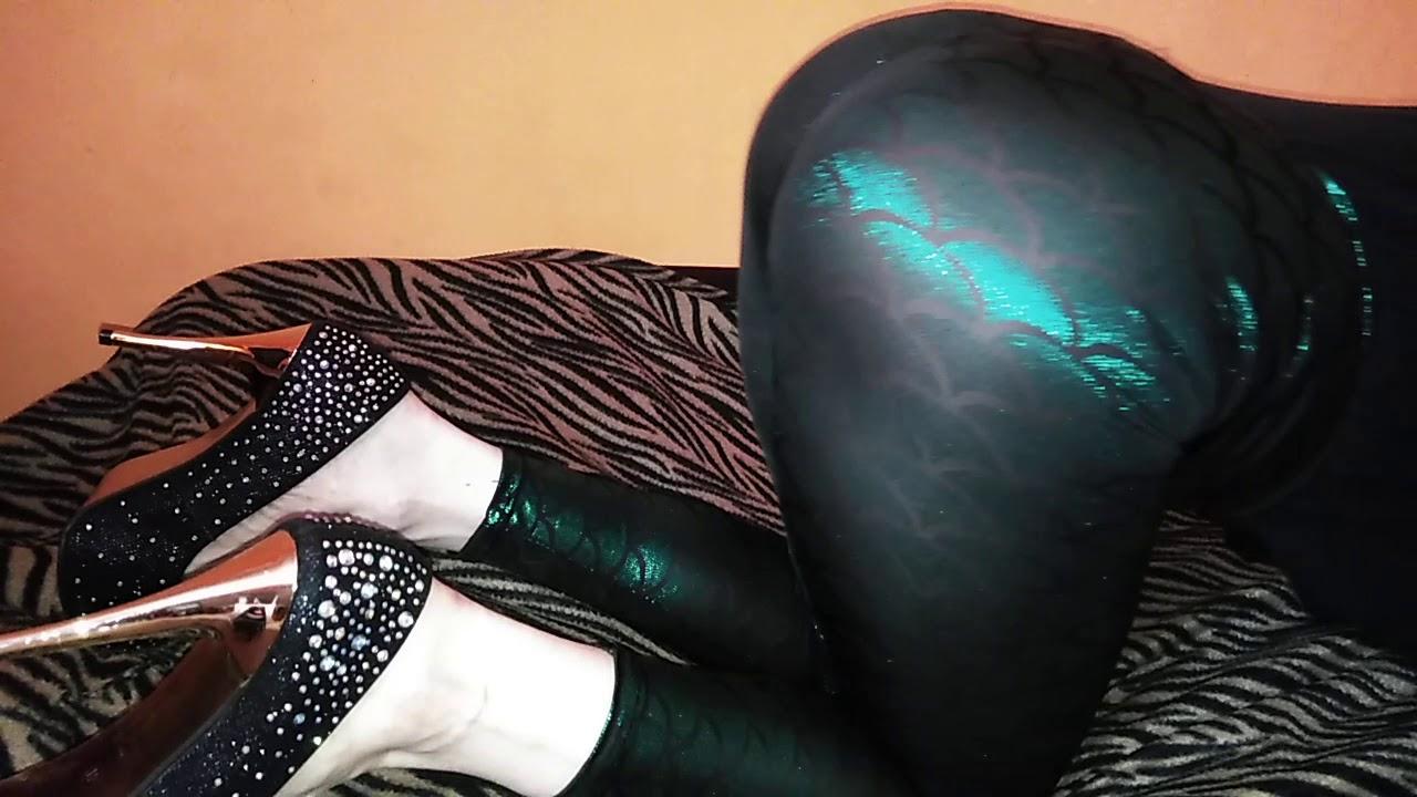 hisokas sexy clown ass (ง̀-́)ง - YouTube