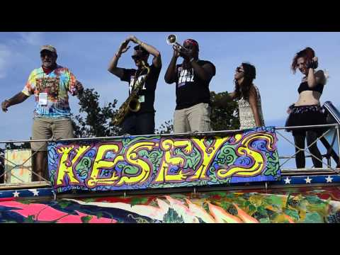 Wind It Up - Funky Dawgz Brass Band - (Stooges Brass Band cover)