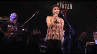 2012年8月19日に新中野弁天にて行われた3zki(みづき)LIVEより。
