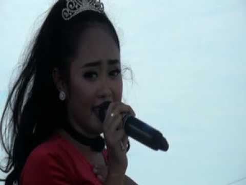 Payung Hitam Voc. Norma Kdi Arseda Live Karangagung Tuban 2017