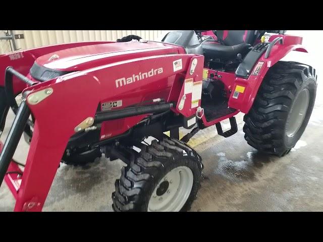 Mahindra 1626 HST