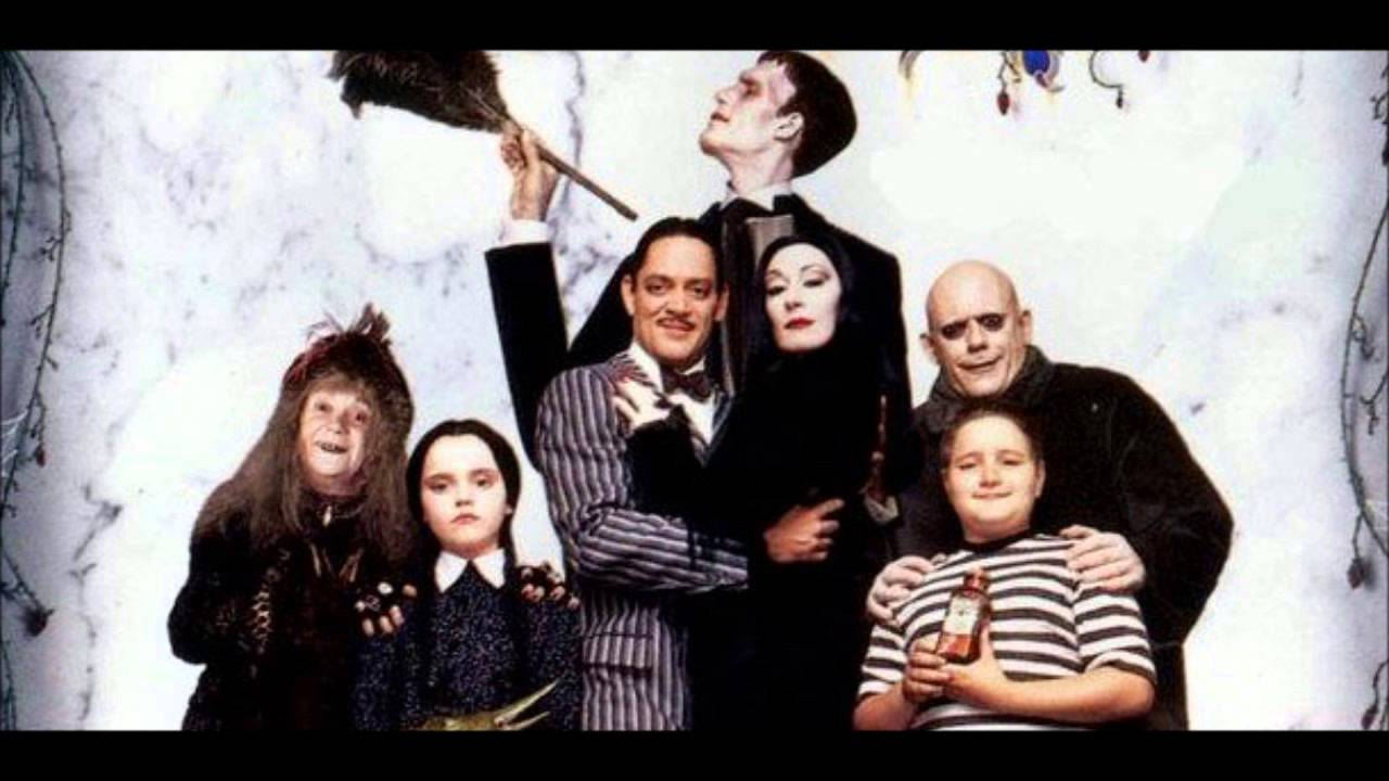 famille addams generique