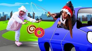 Видео приколы - Как быстро похудеть? Акула тренирует Единорожку! - Игры одевалки для девочек.