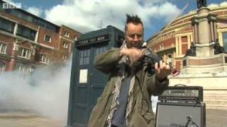 Download Doctor Who theme tune by Nigel Kennedy - BBC Proms 2008 MP3 song and Music Video